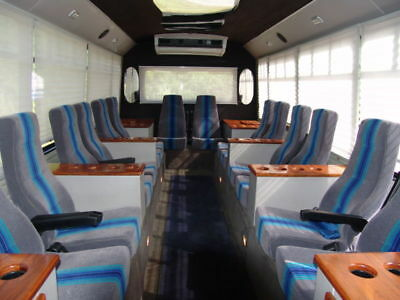 Party Bus, Limo, Tailgating Bus   only 43K miles