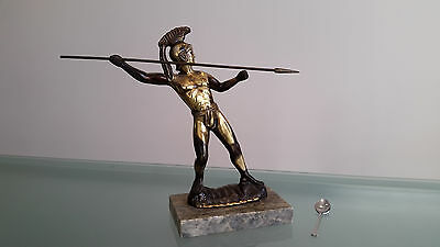 METAL CENTURIAN BIG SOLDIER ON A HEAVY MARBLE BASE. LOOKS QUITE OLD. WEIGHS 3kg