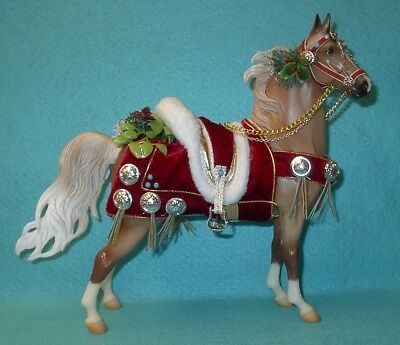 Breyer Traditional Holiday Horse On Parade #700116 Vgc 2013 17Th In Series