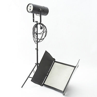 Bowens 800E Monolight With Softbox, Stand And Power Cord