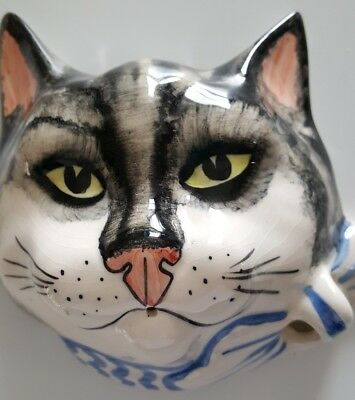 Babbacombe Cat String holder grey and white