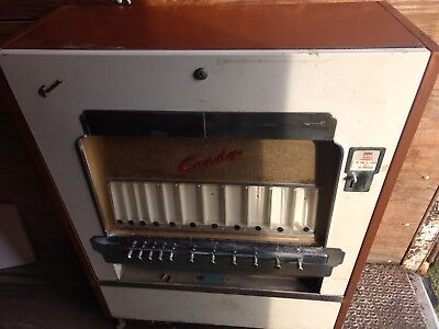 Vintage Fawn Candy Bar Machine. Good condition.