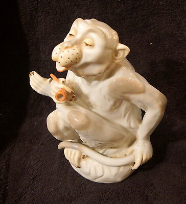 Vintage 1974 Dresden Like Smoking Monkey Figurine - Museo First Edition - Mann