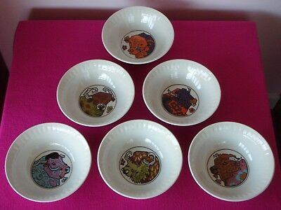 Very Rare Set of 6 Vintage Retro Ironstone Beefeater Bowls - Excellent