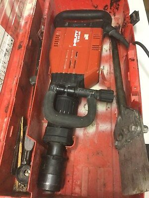 Hilti TE-905 AVR Demolition Hammer BREAKER