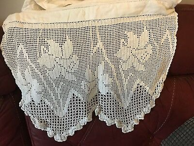 Vintage White Linen Nightdress Case Crocheted Daffodils