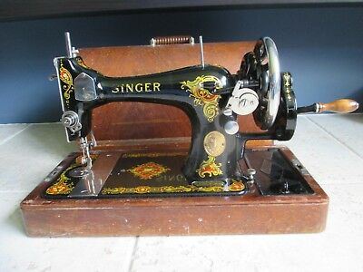 Beautiful original unrestored 1931 Hand Crank Singer 128K Sewing machine