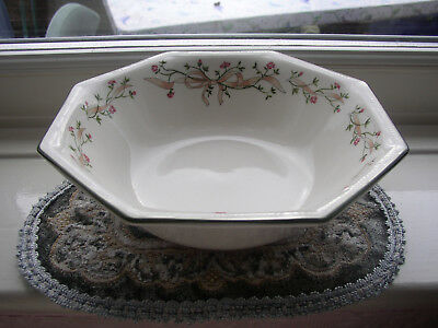 Johnson Brothers. Eternal Beau. 8 inch Vegetable Bowl