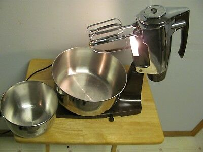 Vintage Sunbeam Chrome & Brown Mixmaster with 2 Stainless Steel Bowls