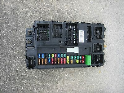 13 14 15 16 Ford Fusion Under The Hood Under Hood Fuse Relay Box Oem