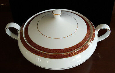 Crown Empire EMPRESS Fine China 6-Cup Covered Vegetable Bowl Serving Dish