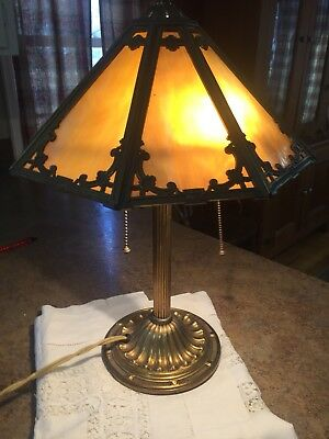 ANTIQUE BRADLEY & HUBBARD BRASS, 8 PANEL SLAG GLASS LAMP.  original.