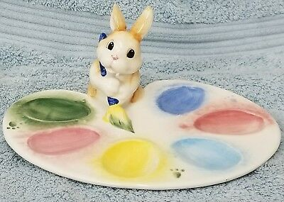 """Fritz and Floyd """"Painting Eggs"""" Easter Bunny Home Decor Egg Holder NEW"""