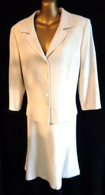 L.K. Bennett 14 - Suit in nude virgin wool fit and flare skirt & jascket (6098)