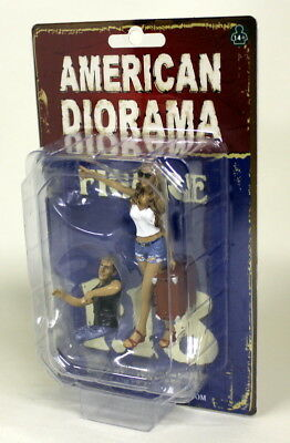 American Diorama 1/18 Scale Hitchhiker set Poly resin figure model car display
