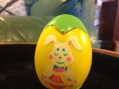 Vintage  hard plastic Easter egg with pop up chick Hong Kong 1978 Cute Bunny
