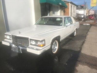 1991 Cadillac Brougham  1991 cadillac fleetwood brougham triple white LIKE NEW