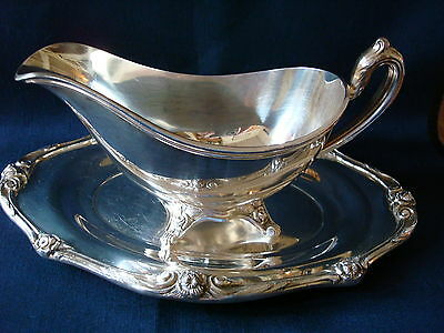 Glenrose 1881 Rogers Silverplate Gravy Boat and Tray