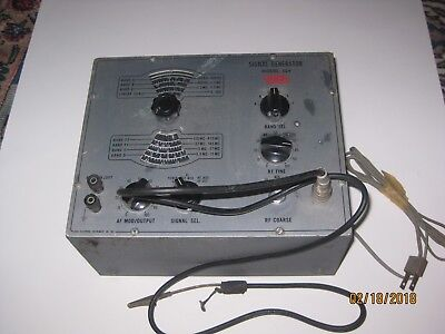 Vintage Eico 324 Signal Generator Good Condition w/ Test Probe Untested
