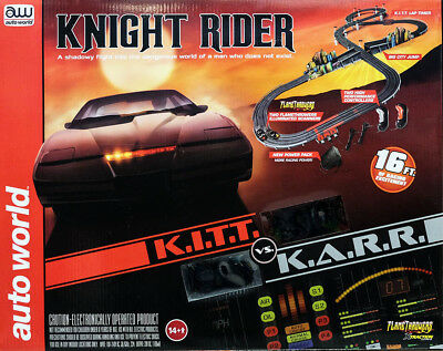 Knight Rider KITT KARR Rennbahn Slot Car Komplettset 2 Autos Auto World SRS306
