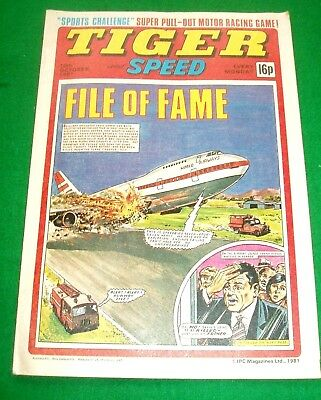 Tiger Comic 10/10/1981 With Stunning Formula One Racing Game Pull Out