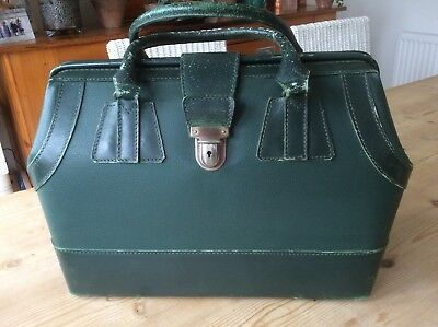 Super Vintage French Bottle Green Leather Gladstone Bag, Janvier Paris