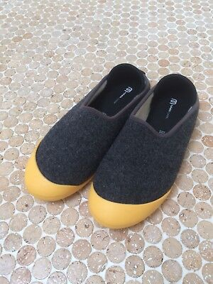 Mahabis Slippers Men's Size 9 , 43 grey with yellow soles