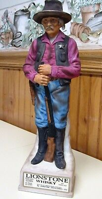 Vintage 1969 Lionstone The Sheriff Whiskey Decanter Bottle  In Box