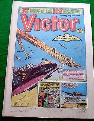 Bisley Bombers Attack Germans At Cheuigui Tunisia  Ww2 Cover Story Victor 1984