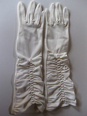 VINTAGE GLOVES by KAYSER, Cream ruched, mid length, size 6½