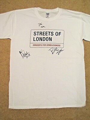 GREEN DAY Signed T-shirt - Streets of London charity auction