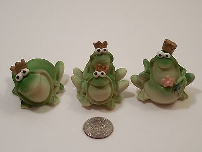 3 Piece Set Of Small Resin Royal Family Frog Figurines ~ King, Queen & 2  Kids