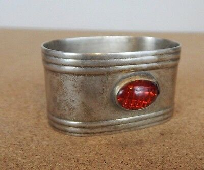 Silver plated Arts and Crafts oval Napkin Ring 5 x3.5cm