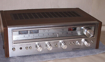 Vintage Pioneer SX-680 AM/FM Stereo Receiver - SERVICED