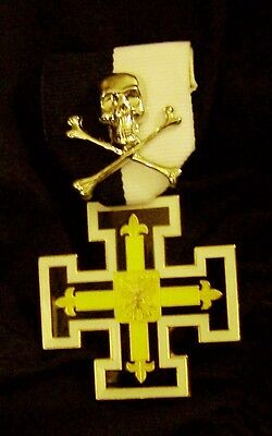 Medieval German Prussia Teutonic Knight Crusade Death Skull Eagle Medal War Pin