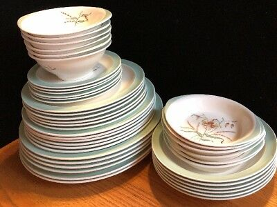 1950's Wedgewood Tiger Lily China ~ Service For 6~Made in England (FL)