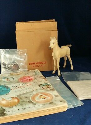 Rare 1958 Sears Christmas Catalog Wish Book Breyer Proud Arab Foal Gift Set +Box