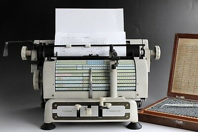 Rare Perfect Works! VINTAGE JAPANESE TOSHIBA TYPEWRITER & 1200 Characters Spare