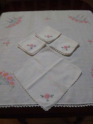 Vtg White Linen Tablecloth & Napkins Floral Hand Embroidered & Crochet Lace Set