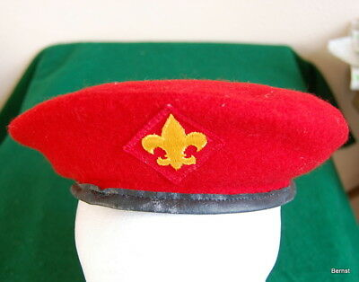VINTAGE BOY SCOUT 1970's RED WOOL BERET