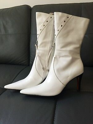 Brand New White Leather Pointy Boots • Size 6