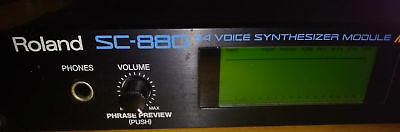 ROLAND SC-880 Rack-Synth