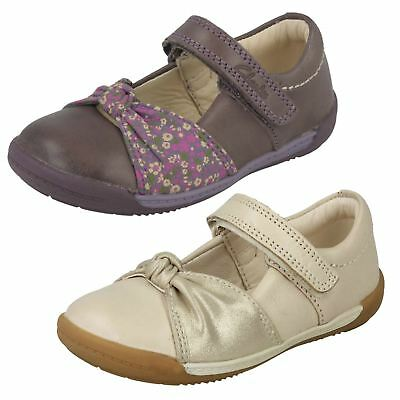 Girls Clarks Hook & Loop Rouched Bow Detail Leather First Shoes Softly Nia