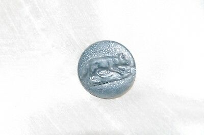 1 Antique Vintage French Metal Picture Button Wolf Standing Hunting Hunt Livery