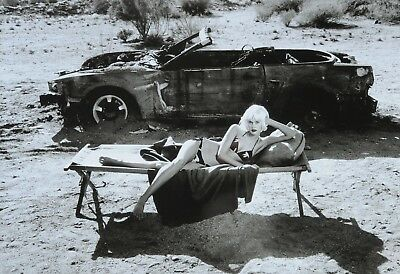 Helmut Newton Ltd. Ed. Photo Art Print Kunstdruck 49x34cm Fashion Model  Desert