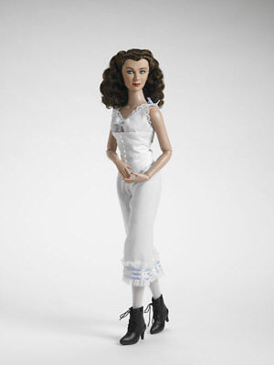 Very rare SOLD OUT basic Scarlett Gone With The Wind Tonner doll NRFB from 2007