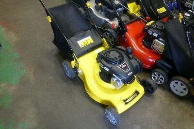 "YARD KING LAWN MOWER 4 STROKE 125CC BRIGGS & STRATTON 18"" ( Demo STOCK )"