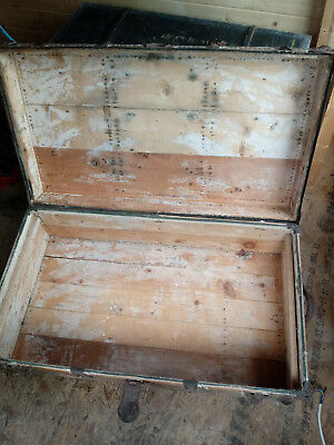 Antique Wood Traveller's Trunk / Chest