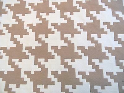 Fabulous 6 Yards Kravet Lee Jofa Jute Tan Hounds Tooth Upholstery Fabric Outlet