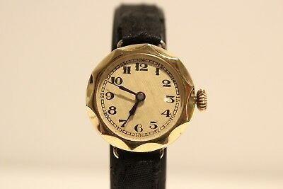 ART DECO UNBRANDED BEAUTIFUL RARE SMALL 25mm GOLD PLATED MECHANICAL LADIES WATCH
